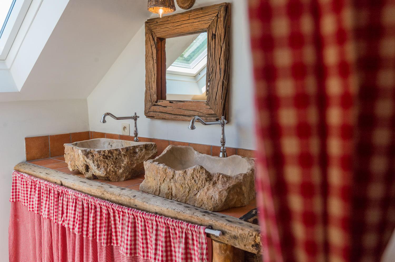 Salle de bain chambre chasseur